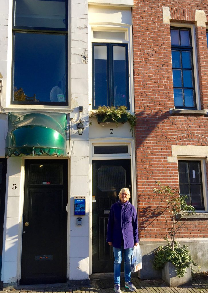 The house with the narrowest street frontage in Amsterdam: 1 metre wide!